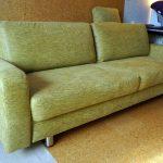 Restauration indépendante d'un vieux canapé