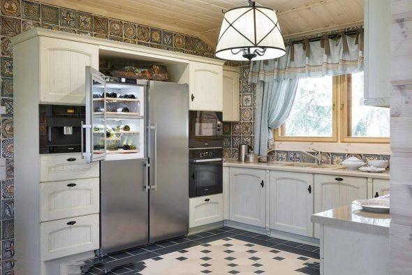 Viihtyisä ja toimiva keittiö