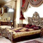 Chambre royale marron
