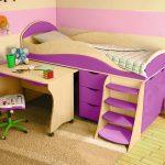 Lit mezzanine violet pour un enfant de plus de 3 ans