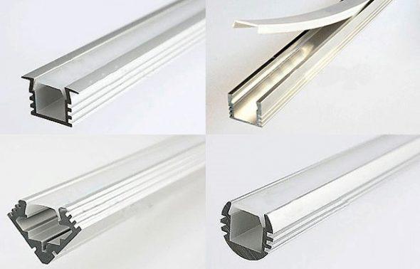 Box ou plinthe pour bande LED