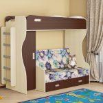 Lit mezzanine avec canapé en bas