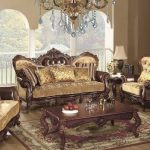 Mobilier élégant dans le salon de style baroque