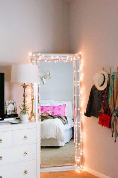 Sisustus ja ylimääräinen valo täyspitkälle peilikuvulle