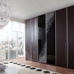 Utilisation de la conception combinée pour les portes d'armoires
