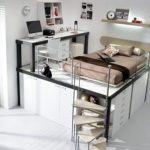 Belle et moderne chambre pour un garçon adulte