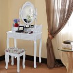 Verre à pied avec miroir blanc