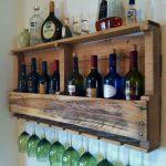 Etagère faite maison pour l'alcool