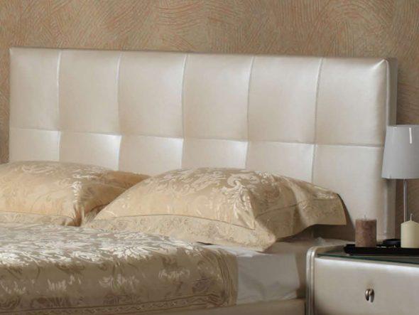 Tête de lit rectangulaire traditionnelle