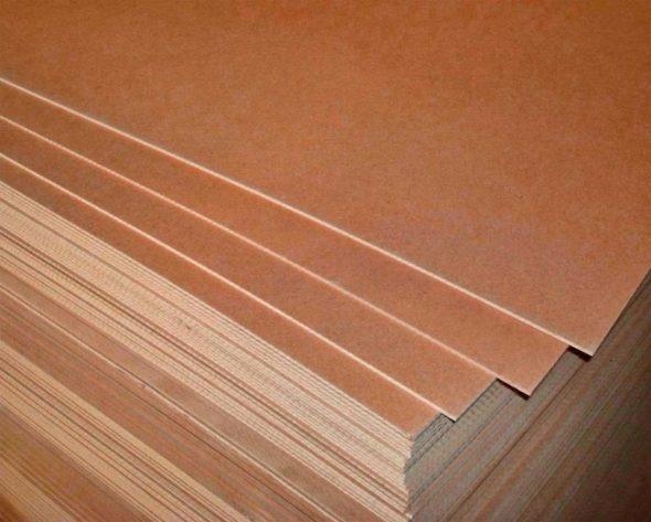 Panneaux de fibres de bois dans les armoires