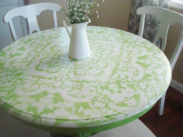 Peindre la table en tulle