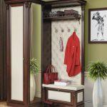 Placement rationnel de meubles pour un petit couloir