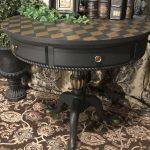 Table à colorier aux échecs après restauration
