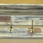 Cintre en bois de style loft