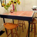 Table de cuisine avec tuile