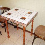 Table carrée à la main pour salle à manger