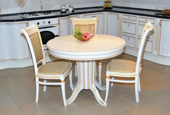 Table de salle à manger ronde originale