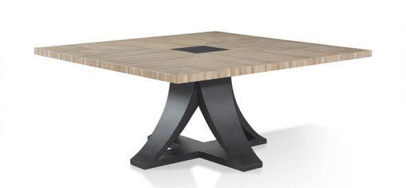 Table carrée pliante