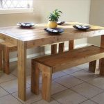 Table de cuisine élégante