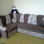 Canapé d'angle après le floc de tapisserie d'ameublement faites-le vous-même