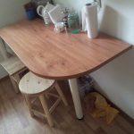 Table d'angle pour la cuisine avec leurs propres mains