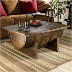 Table basse de demi barils et planches