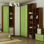 Meuble d'angle modulaire avec portes vertes