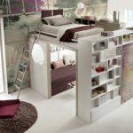 Transformateur de meubles à deux étages à l'intérieur