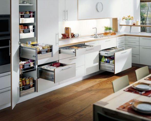 Systèmes coulissants pour meubles de cuisine