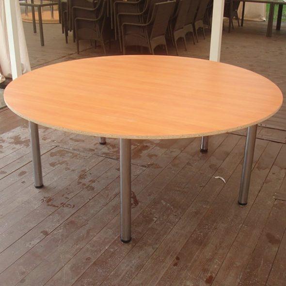 Grande table en aggloméré