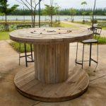Table haute pays en bois