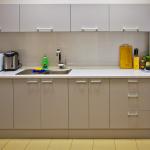 Meuble de cuisine à fabriquer soi-même en aggloméré stratifié