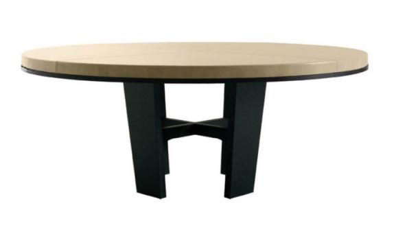 Modèle de table en bois simple