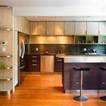 Design élégant et contemporain de la cuisine haute d'angle