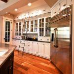 Mezzanines et escaliers dans la cuisine