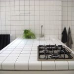 Carreaux de cuisine de comptoir blanc parfait