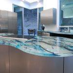 Comptoir en verre à l'intérieur de la cuisine, comment faire?