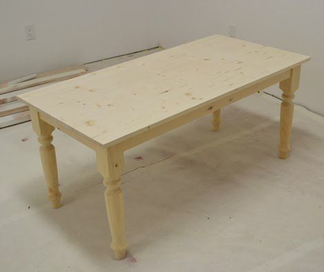 Table avec plateau fixe
