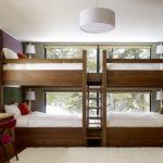 Lit superposé en bois à quatre lits
