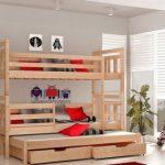 Lit superposé en bois avec trois lits