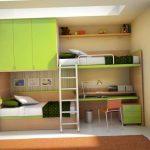 Lit superposé décalé, armoire intégrée