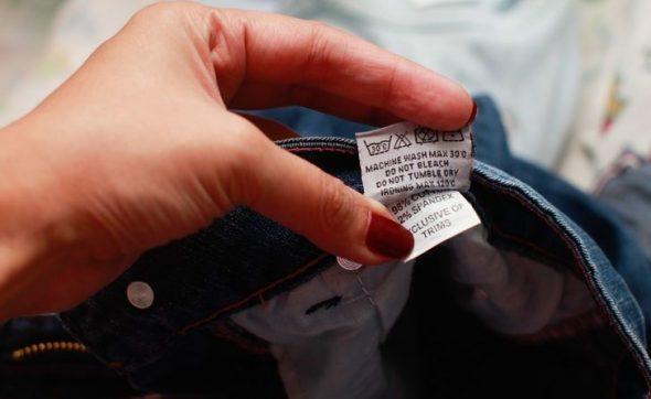 Étiquettes avec étiquettes