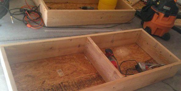 Nous fabriquons une boîte à cadre