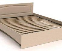 מסגרת מיטה עשויה סיבית