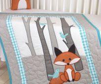Mis au lit avec des renards - une couverture et un oreiller