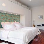 Armoire murale complète avec lit intégré