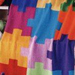 Casse-tête multicolore à carreaux