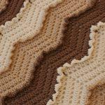 Beau motif avec franges pour le tapis d'origine