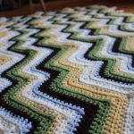 Les zigzags simples sont parfaits pour un tapis ou une carpette