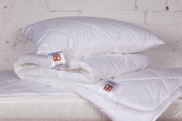Les oreillers et les couvertures doivent également être nettoyés et lavés.